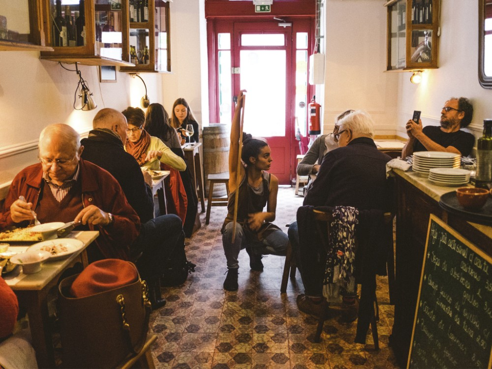 10 Restaurants In Lisbon That You Have To Try. Where To Eat In Lisbon. Restaurantes em Lisboa. // WarmRental