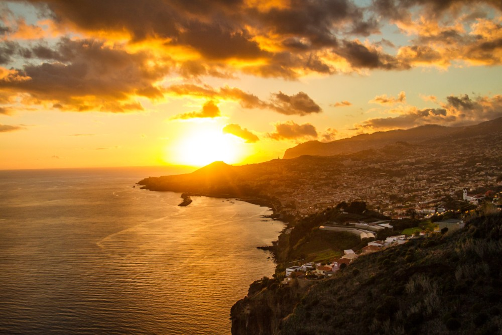 7 Reasons To Visit Madeira Island In 2018. Madeira Travel Guide. Holiday Destinations. // WarmRental