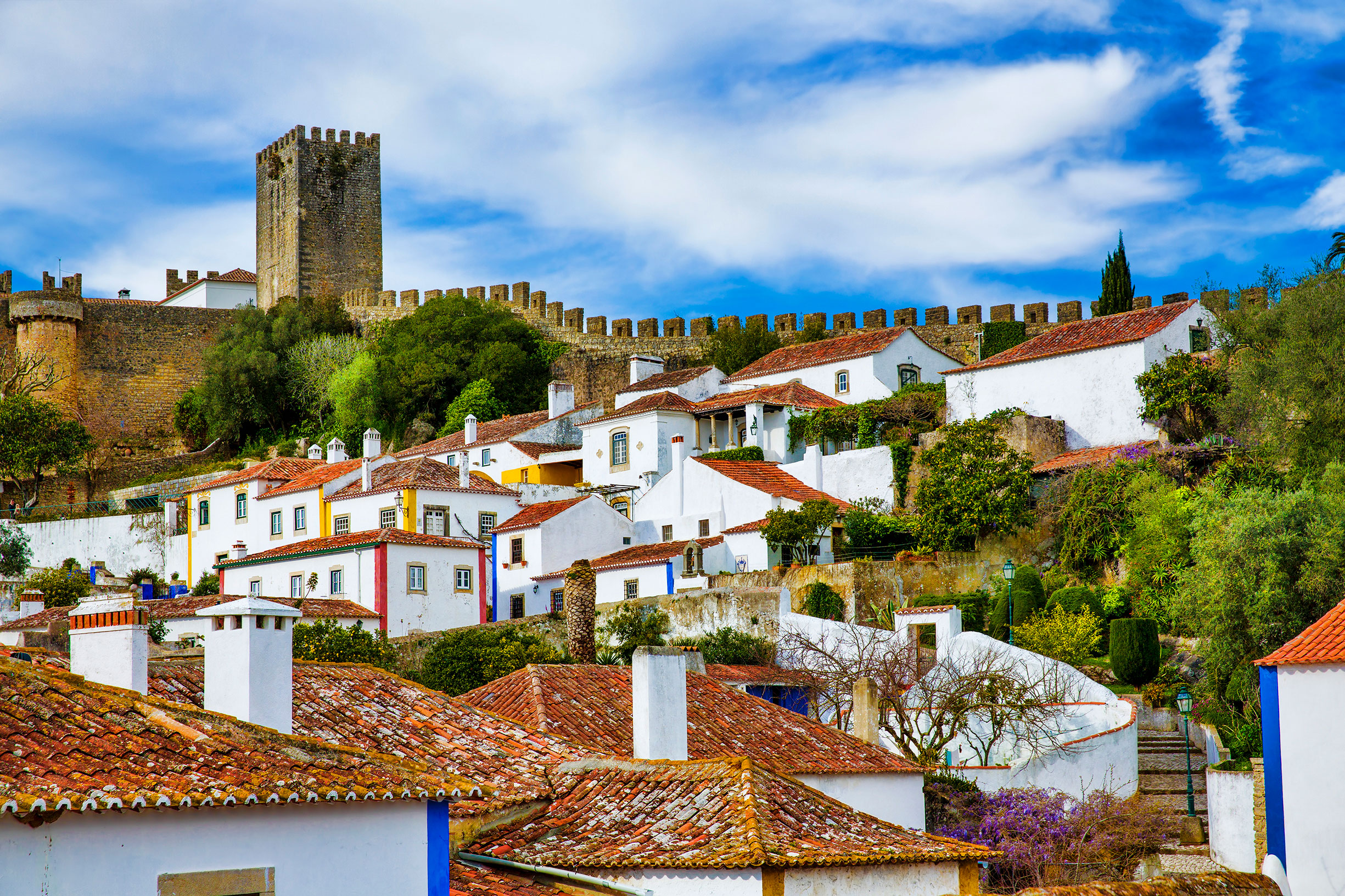 8 Charming Places To Visit In Portugal In 2018. Holiday Destinations. Where To Go In Portugal // WarmRental