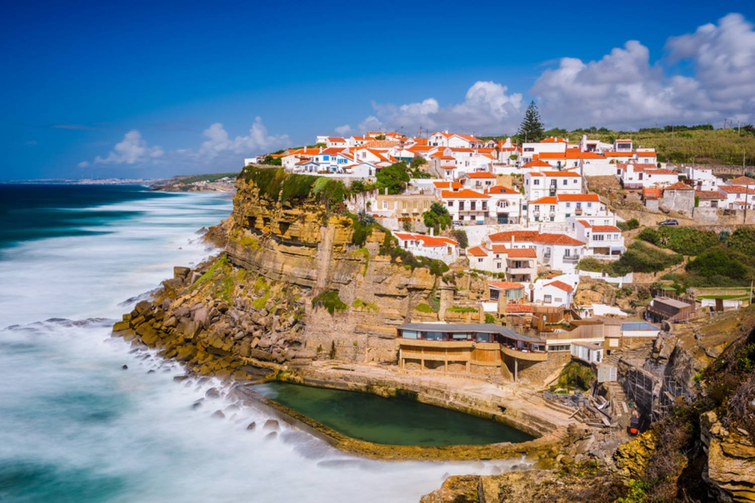 9 Seaside Destinations In Portugal To Add To Your Bucket List. Coastal Destination. // WarmRental