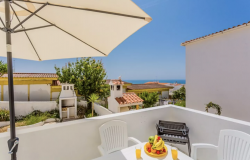 9 Most Common Negative Vacation Rental Reviews