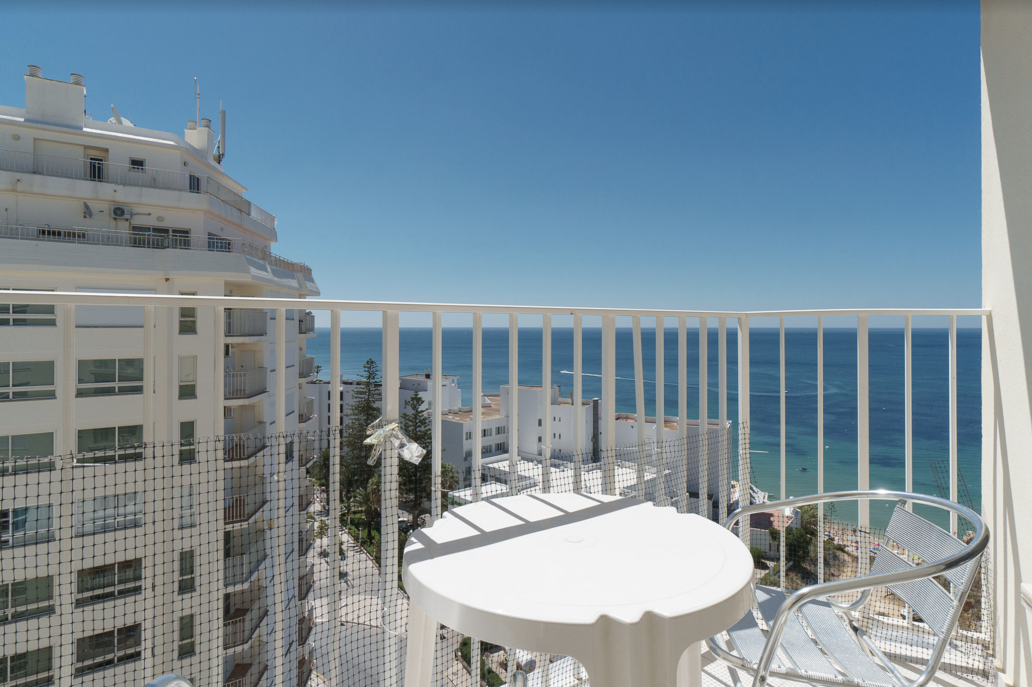 9 Fantásticos Alojamentos Locais No Algarve Com Vista Para O Mar. Alojamento Local Algarve. Férias Algarve. // Warmrental