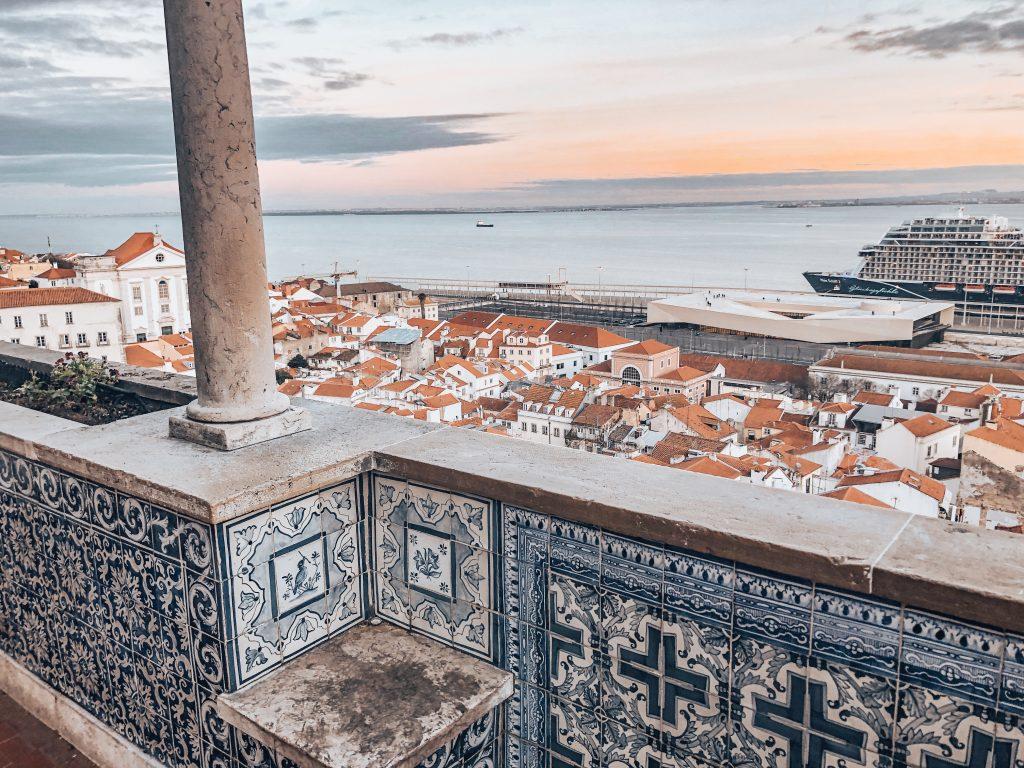 Santa Luzia Viewpoint // The Best Viewpoints In Lisbon // Warmrental