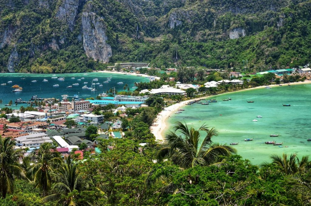 Phi Phi Islands | Best Things To Do In Phuket | Warmrental