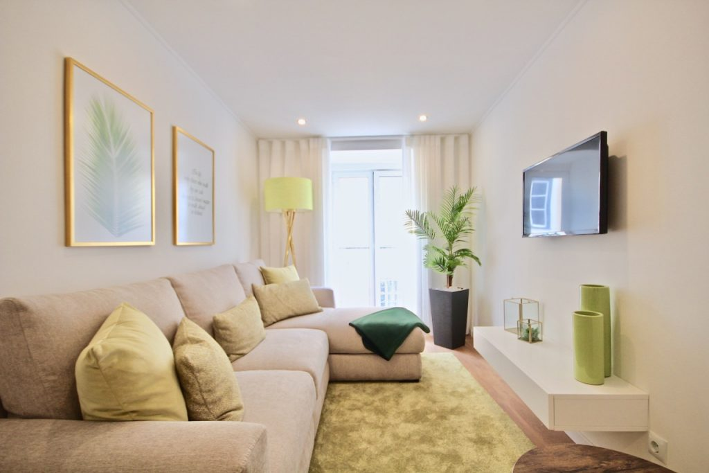 Where To Stay In Lisbon This Spring? 10 Apartments In Lisbon. Rent Apartment In Bairro Alto // Warmrental