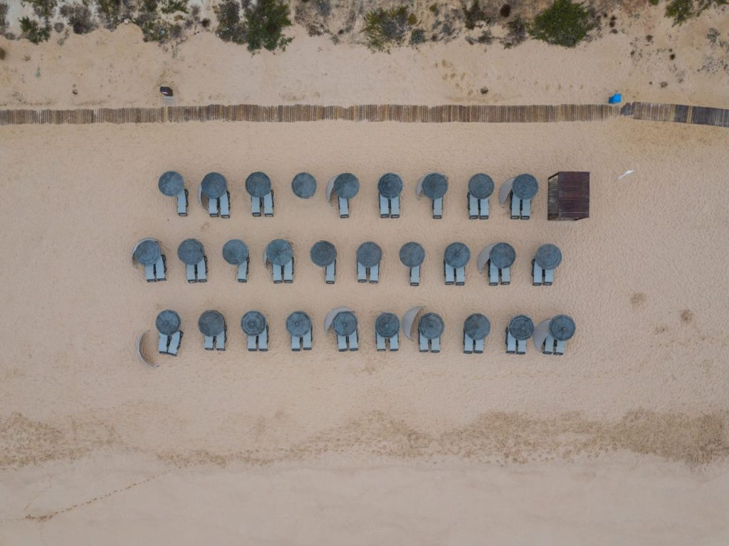 Rules for beaches in Portugal - Covid-19 // Warmrental