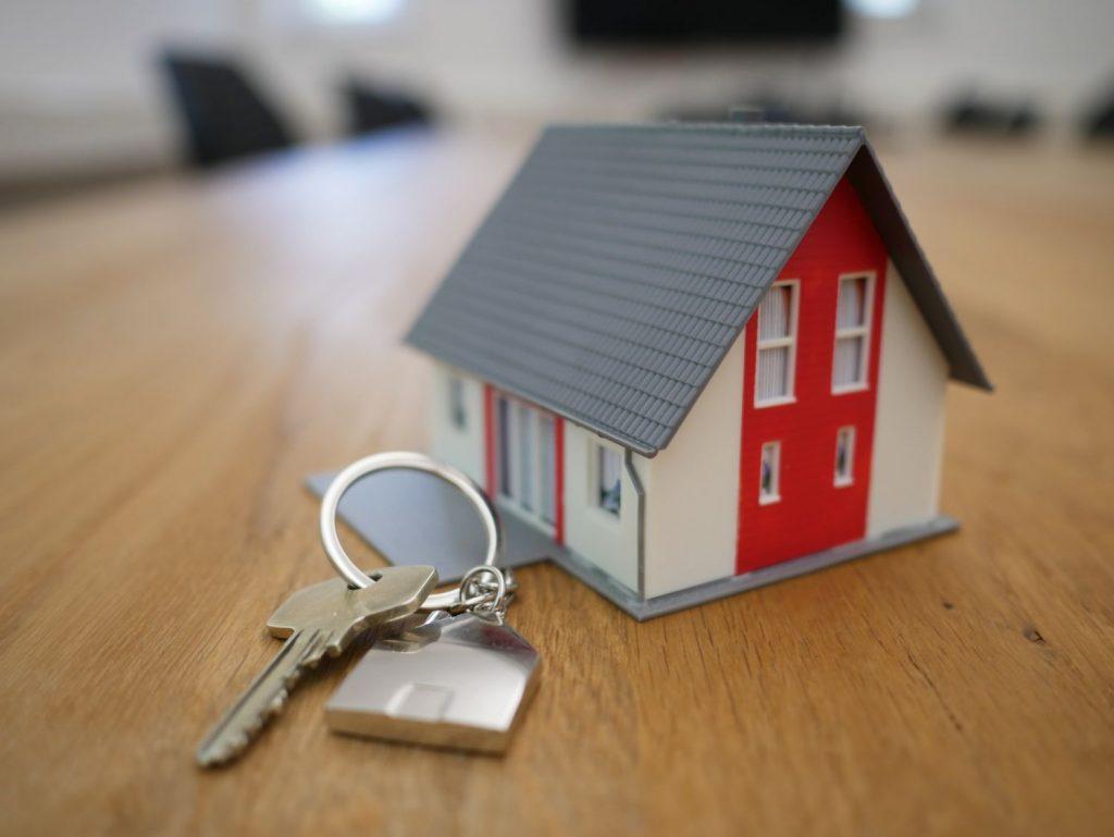 Como Ser Um Bom Anfitrião De Alojamento Local | Proprietário Alojamento Local. Anfitrião Airbnb. AL | Warmrental