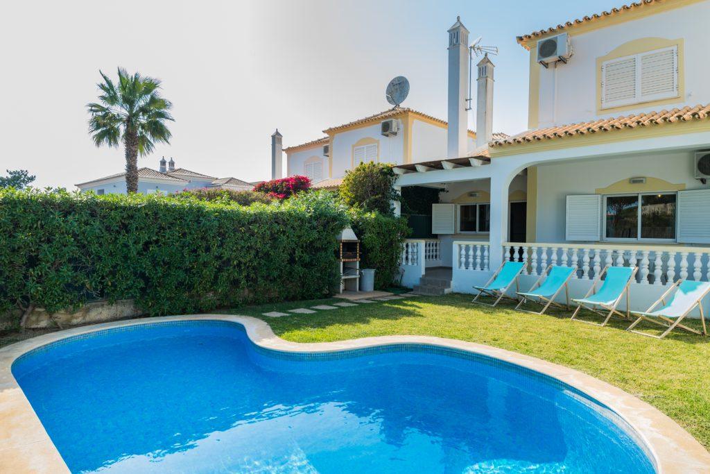 Férias no Algarve em Setembro? 9 Sugestões Fantásticas - casa piscina vale do lobo