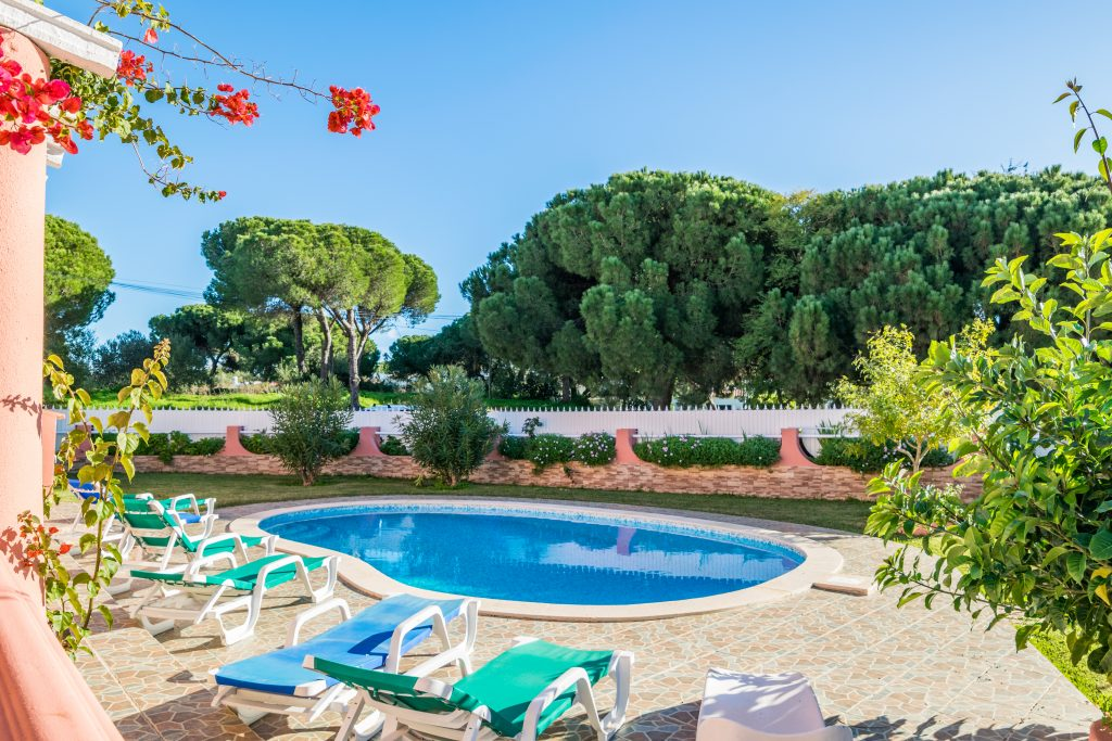 Férias no Algarve em Setembro? 9 Sugestões Fantásticas - casa piscina albufeira