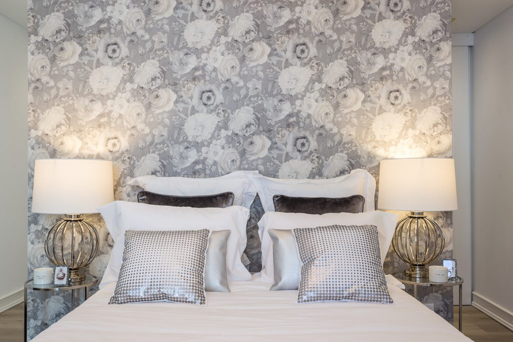 8 Vacation Rental Interior Design Tips || Short-Term Rental Interior Design Tips. Vacation Rental Decor || Warmrental