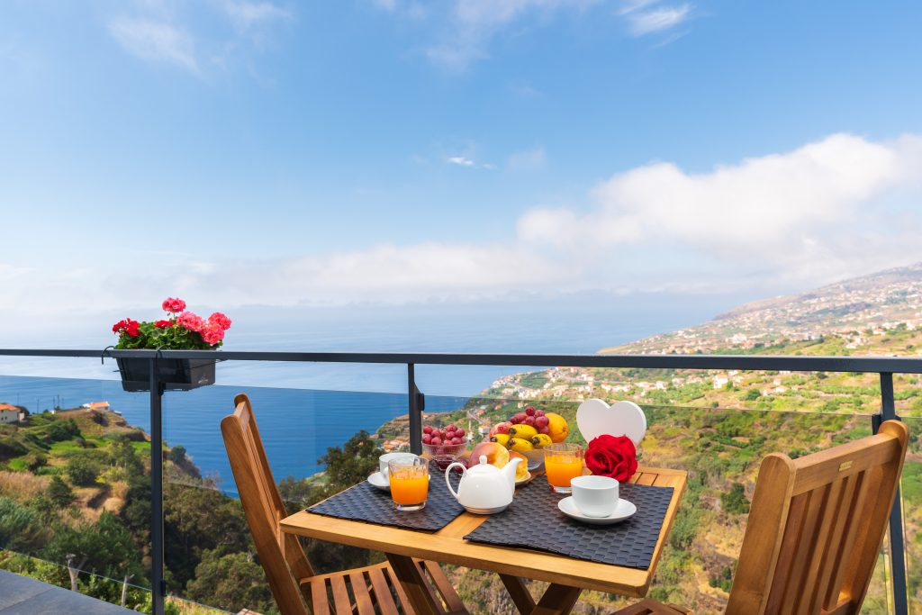 Working Remotely in Madeira. Mid-Term Rentals In Madeira | Madeira Digital Nomad. Madeira Accommodation | Warmrental