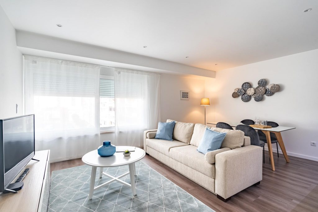 Business Trip To Lisbon? 8 Apartments In Lisbon For Remote Workers | Warmrental