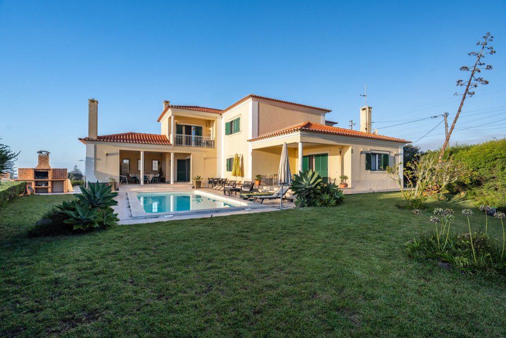 Casas De Férias Com Piscina Privada No Centro De Portugal | Alojamento Local No Centro de Portugal | Casas de Férias Com Piscina Privada em Azenhas do Mar | Warmrental