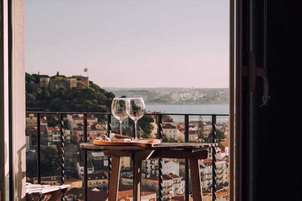 Portuguese Vacation Rental Legislation 2021 | New Rules For Vacation Rentals | Airbnb Host | Warmrental