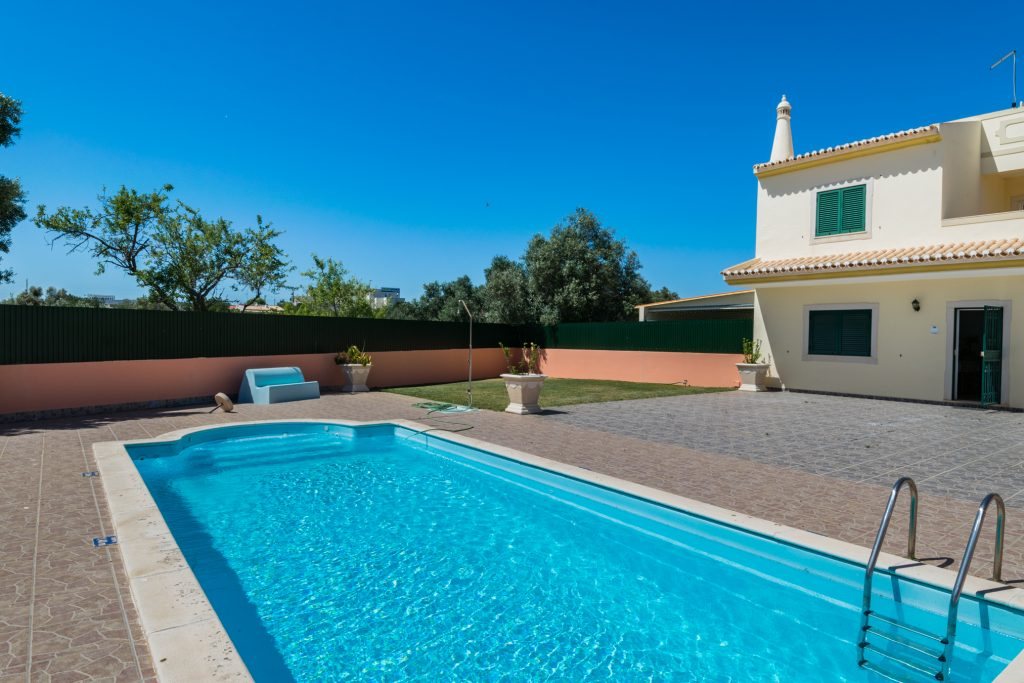 10 Isolated Villas For A Holiday In The Algarve | Vacation Rental In Albufeira | Private Pool | Warmrental