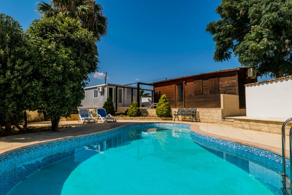 10 Isolated Villas For A Holiday In The Algarve | Vacation Rental In Alcantarilha | Private Pool | Warmrental