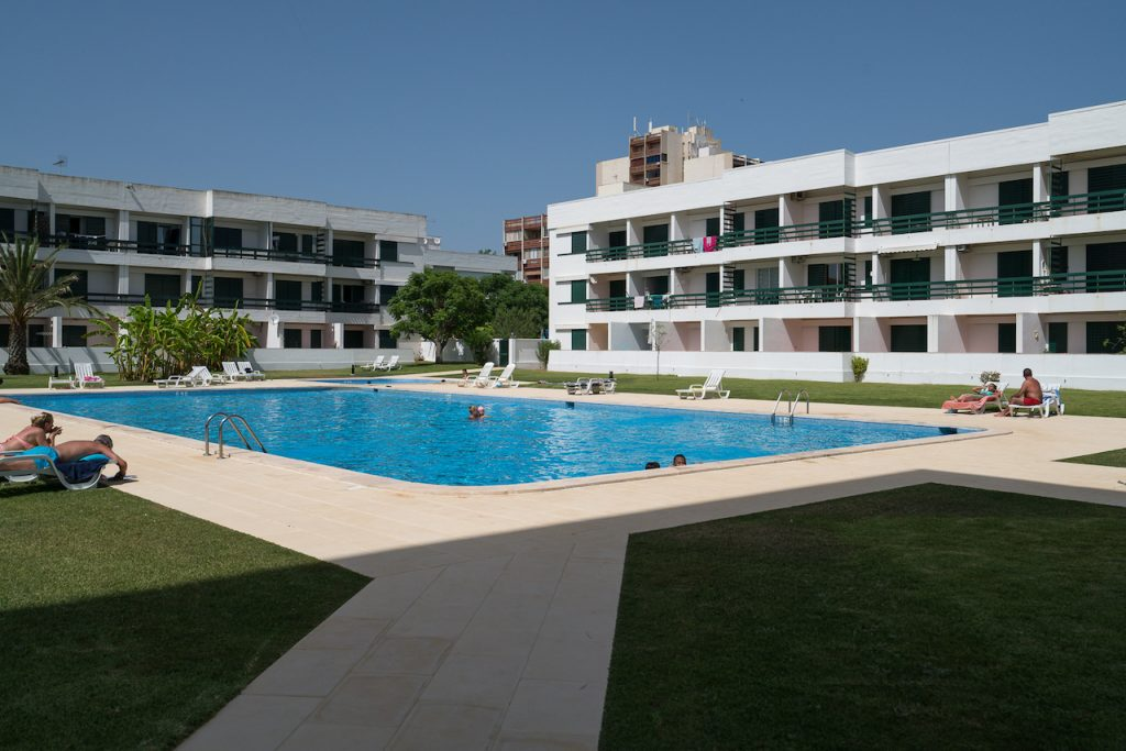 9 Pet-Friendly Apartments In Algarve | Pet Friendly Vacation Rentals In Algarve Vilamoura | Warmrental