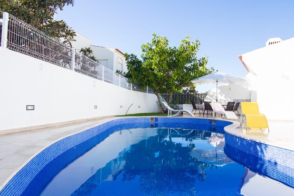Algarve 2021 | Casas De Férias Com Piscina Que Aceitam Animais de Estimação | casas de férias com piscina privada algarve | Albufeira | Warmrental