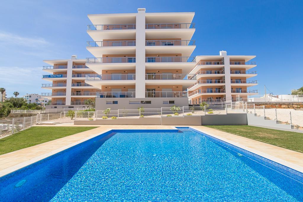 Férias No Algarve Em Setembro | Casas Para Férias Com Piscina Em Portimao