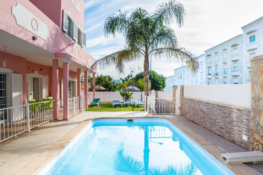 Férias No Algarve Em Setembro | Casas Para Férias Com Piscina Privada Em Albufeira
