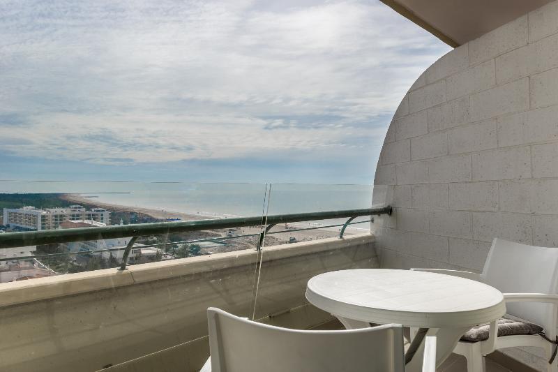 Férias No Algarve Em Setembro | Casas Para Férias Em Monte Gordo Vista Mar