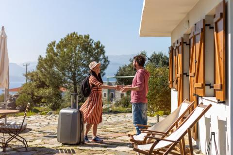 7 Benefits Of Promoting Your Short-Term Rental On Warmrental