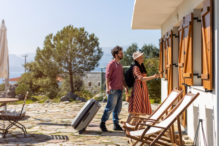 What You Need To Know For Hosting Guests In Your Vacation Rental In Portugal | COVID-19